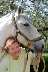 Angela Waidmann mit Pferd Vingador